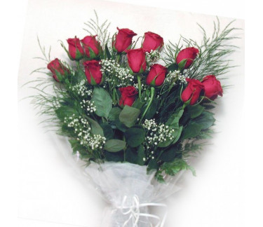 Bouquet of twelve roses